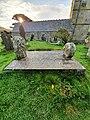 Zennor - Borlase Chest Tomb (01).jpg