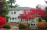 Zula Linklater House fall - Hillsboro, Oregon.JPG