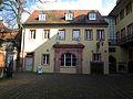 Östlicher Seitentrakt des Kurpfälzischen Museums der Stadt Heidelberg im Innenhof.JPG