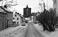 Øvre Møllenberg gate med Bispehaugen skole i bakgrunnen Møllenberg (1970) (8735194346) (2).jpg