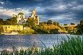 Костел святого Іоана Хрестителя поряд з церквою Георгія Побідоносця на Замковій горі.jpg