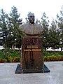 Памятник Саидходже Урунходжаеву (Таджикистан).jpg