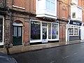 -2019-01-16 'The Vapeologist' vape store, West Street, Cromer, Norfolk.jpg
