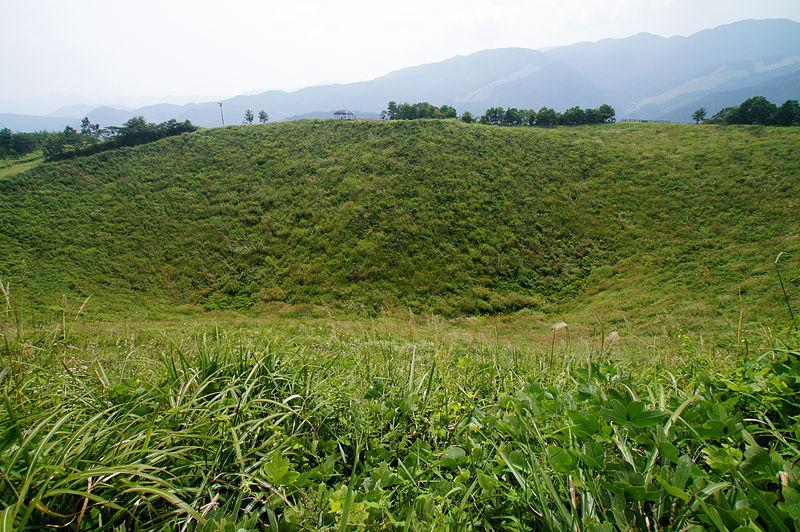 ファイル:130914 Mount Kannabe Toyooka ...