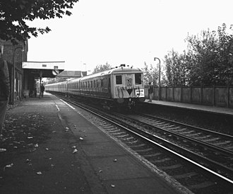 Reading Southern railway station - A 2-BIL unit. Trains of this type were built for Reading-Waterloo services