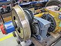2013-09-15 14-11-49 Radsatz mit Fahrmotor E 403.jpg