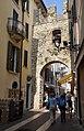 2017-04-10 04-14 Gardasee 221 Bardolino (34341146006).jpg