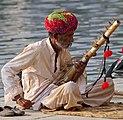 20191207 Street musician in Udaipur 1511 7249 02.jpg