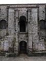710 Santa María del Naranco (Oviedo), façana nord, portes superior i inferior.jpg