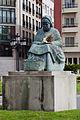A pementeira - Escultura de Ramón Conde - Padrón - Galiza - PA23.jpg