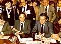Adolfo Suárez ofrece una rueda de prensa junto al ministro de Trabajo en el Congreso de los Diputados.jpg