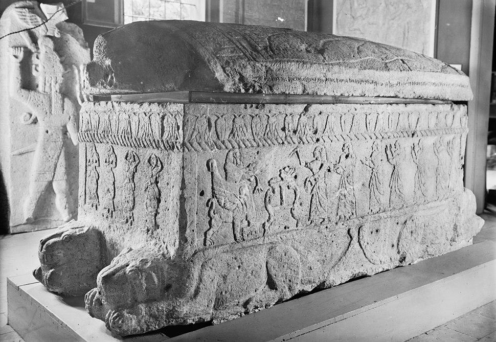 Ahiram sarcophag from Biblos XIII-XBC