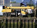 Allen half-cab Grove Mobile Crane, River Lea, E14. TOR 394M. - Flickr - sludgegulper.jpg