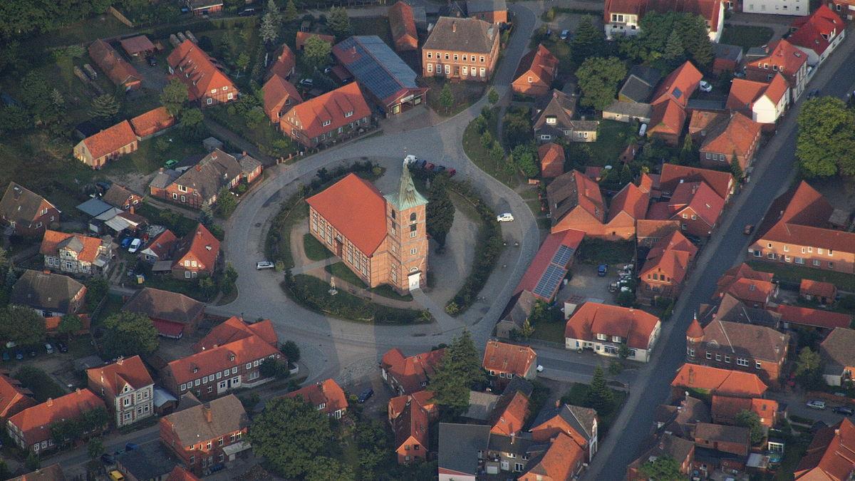 Amt Neuhaus, Luftaufnahme (2014).JPG