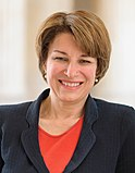 Amy Klobuchar, official portrait, 113th Congress (cropped 2)