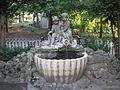 Angel fountain Schoenbrunn Sept 2007 001.jpg
