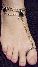 bracelet cheville gauche droite