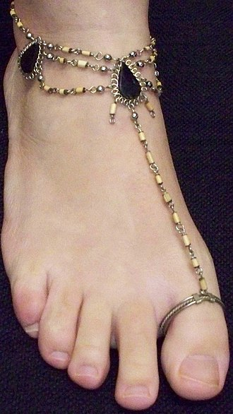 Anklet - A toe ring with attached anklet.