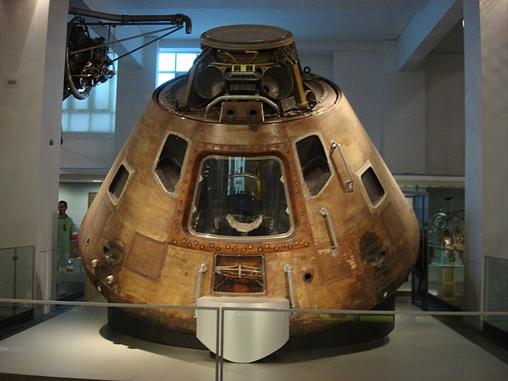 Command module at London's Science Museum (May 2009)