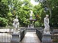 Aranjuez JardinIsla FuenteHercules.jpg