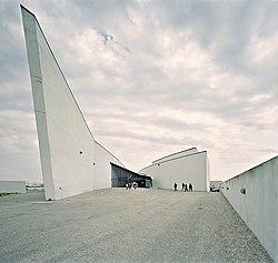 Arken konsthall, Ishöj, söder om Kph maj 2004.jpg