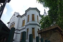 Armenian Catholic Church in Budapest - Eastern edge.jpg