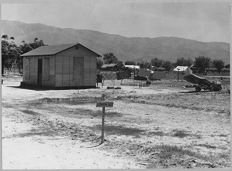 File:Arvin, Kern County, California. A newly-built house in one of four rapidly growing shacktown communi . . . - NARA - 521649.jpg