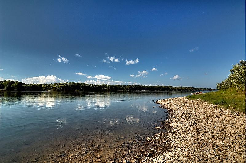 File:At the Ob river near the Umrevinsky Fort (6066446444).jpg