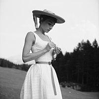 Audrey Hepburn auf dem Bürgenstock (05).jpg