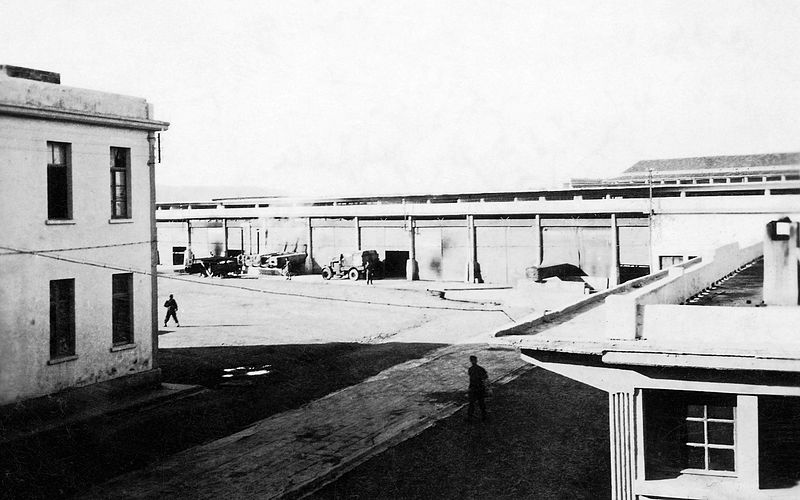 File:Australian Army 21st Field Bakery, Auger Barracks (originally built in 1931 by Vichy French), Tripoli, Lebanon (20302383601).jpg