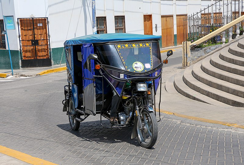 File:Auto rickshaw in Pacasmayo.jpg