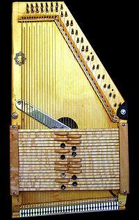 Autoharp of roger penney.jpg