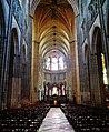 Auxerre Cathédrale St. Étienne Innen Langhaus Ost 2.jpg