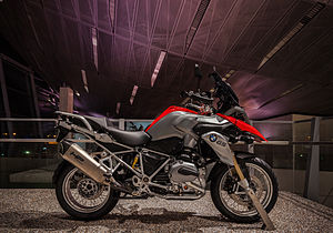 Racing Red 2013 R1200GS with Akrapovič HP titanium exhaust