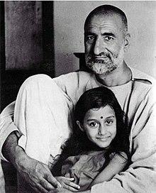 Abdul Ghaffar Khan - Wikipedia