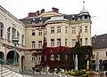 Baden_bei_Wien,_Theaterplatz_9_(171010).jpg