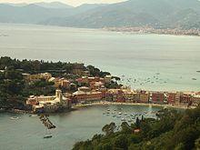 Panorama del promontorio e della cittadina