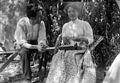 Baldomer Gili Roig. Baldomer Gili Roig amb una dona (Roma), 1900 - 1904.jpg