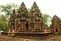 Banteay Srei Temple - panoramio (6).jpg