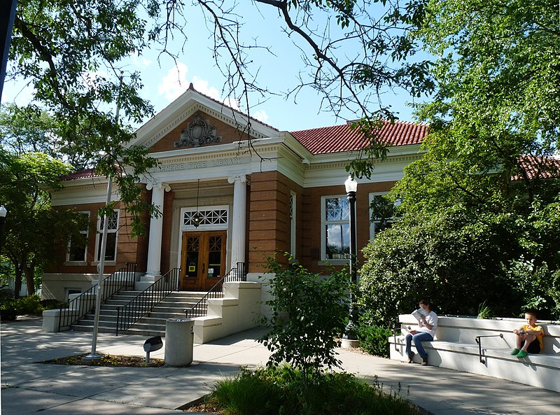 File:Baraboo Public Library.jpg