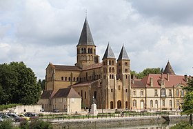 image illustrative de l'article Basilique de Paray-le-Monial