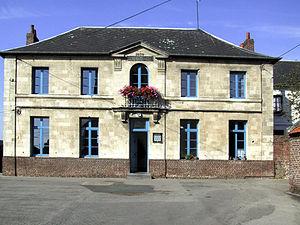 Basseux - The school