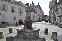 Baugé - Fontaine du Roi René (2011).jpg