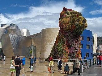 Jeff Koons - Puppy, 40 feet 8 3/16 in. x 27 feet 2 3/4 in. x 29 feet 10 1/4 in., Guggenheim Museum Bilbao, Spain