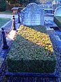 Bladon, Oxfordshire - St Martin's Church - churchyard, grave of Consuelo née Vanderbilt.jpg