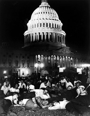 Bonus Army - Members of the Bonus Army camped out on the lawn of the U.S. Capitol building