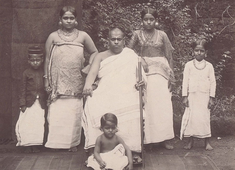 File:Brahmin family in Kerala (1902).jpg
