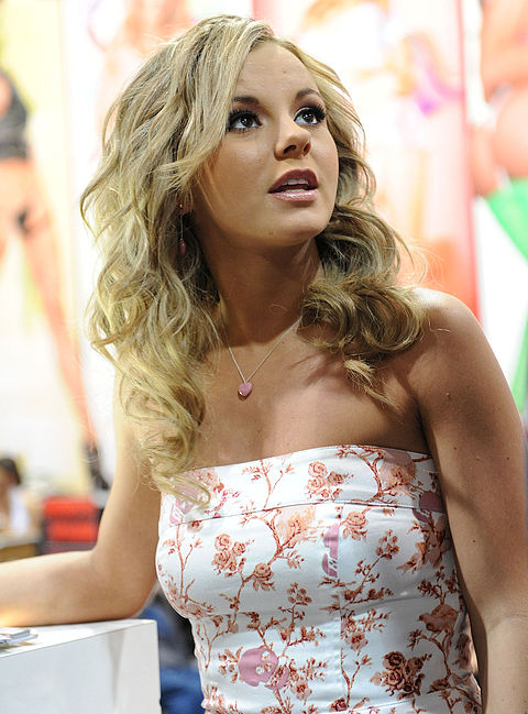 Bree Olson at AVN Adult Entertainment Expo 2011 2.jpg