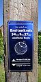 Breitenkreis-Plakette Elmenhorst.jpg