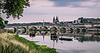 Bridge of Jacques-Gabriel in Blois 01.jpg